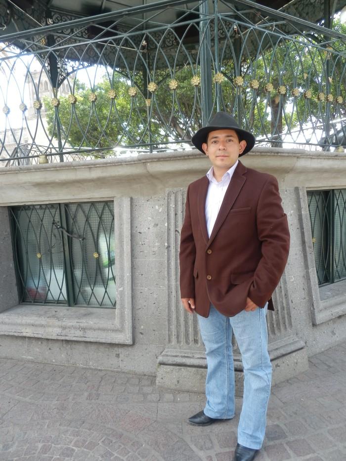 En imagen, el aspirante de Morena a la alcaldía de Zapotlanejo. Foto: Lucía Castillo