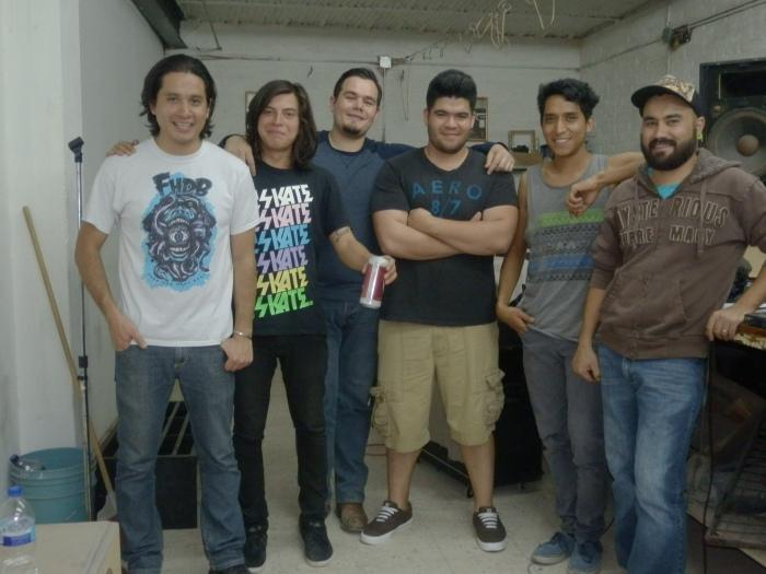 Los integrantes de BMR en su lugar de ensayo, en Zapotlanejo. Foto: Lucía Castillo