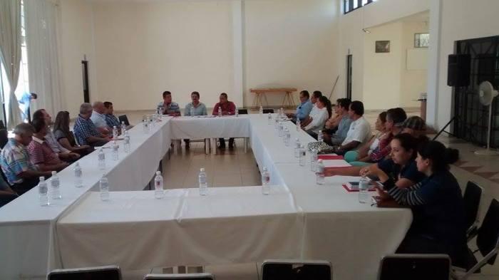 La reunión se realizó en a Macroplaza Zapotlanejo. Foto: Cortesía