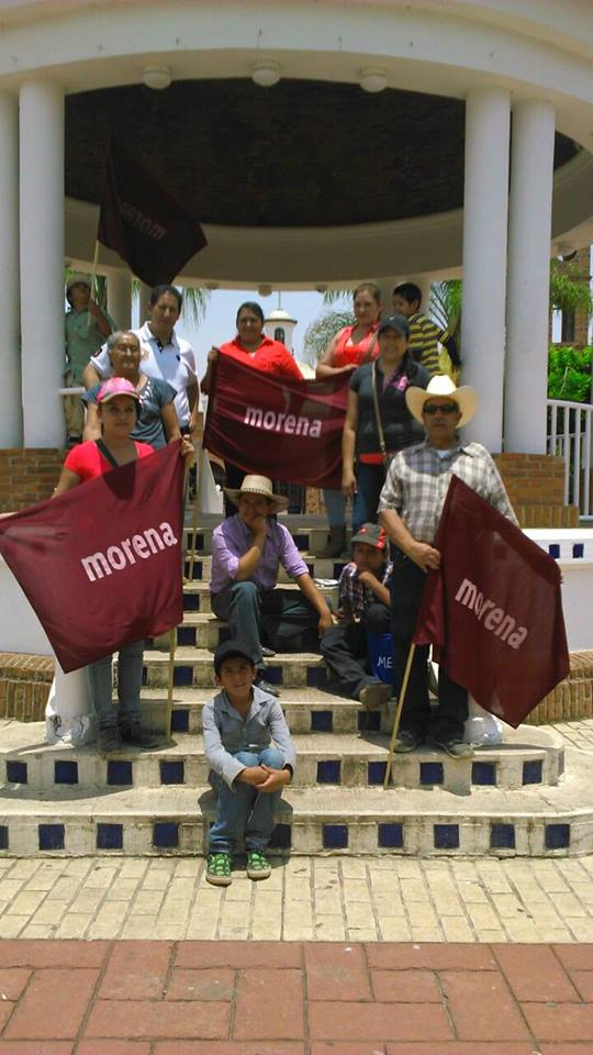 En imagen, el equipo de campaña de Morena en Zapotlanejo. Foto: https://www.facebook.com/zapotlanejoesjoven