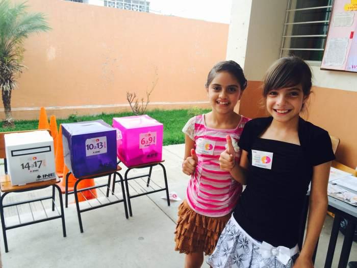 Araceli y Miriam de 9 y 11 años participaron en la Consulta Infantil y Juvenil 2015. Foto: Flor Ramos