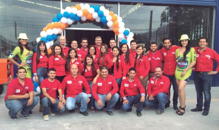 Parte del gran equipo de Construrama EcoHome. Foto: Edgar Olivares