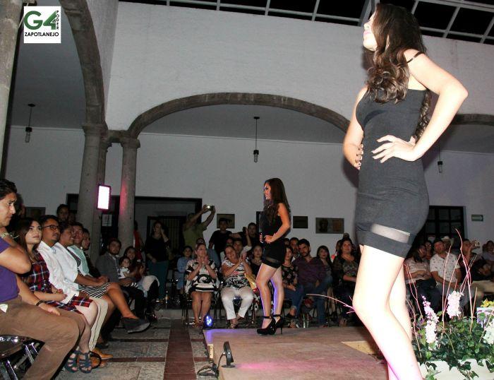 Así inició la presentación de las cuatro aspirantes a Señorita Zapotlanejo para las fiestas patrias 2015. El evento se realizó el viernes 21 de agosto.