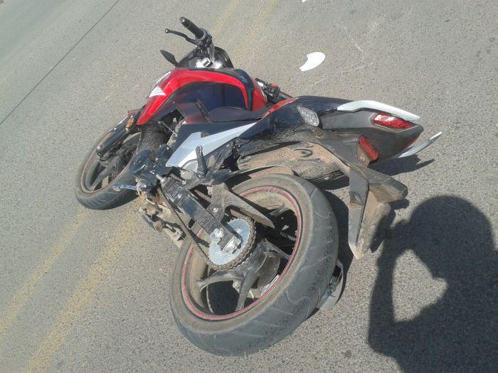La motocicleta involucrada en el incidente. Foto: Cruz Roja