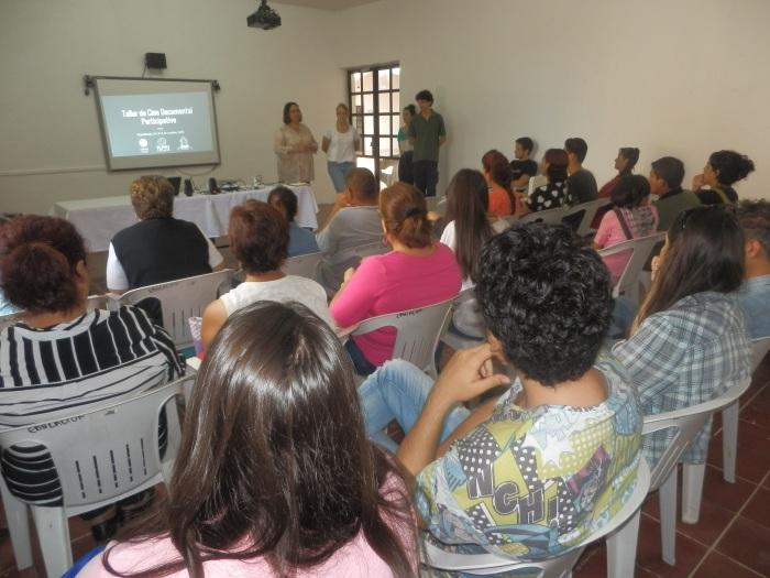 Los asistentes del taller en Zapotlanejo. Foto: Lucía C.