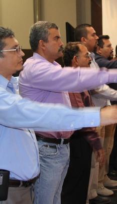 El segundo, de izquierda a derecha es Jiménez Moya, el día que rindió protesta al cargo. Foto: Archivo/Cuarto Poder