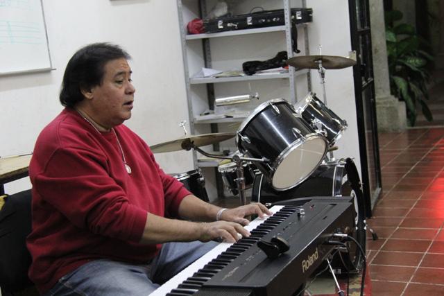 En la Casa de la Cultura, ensayando la Orquesta Municipal. Foto: Lucía Castillo