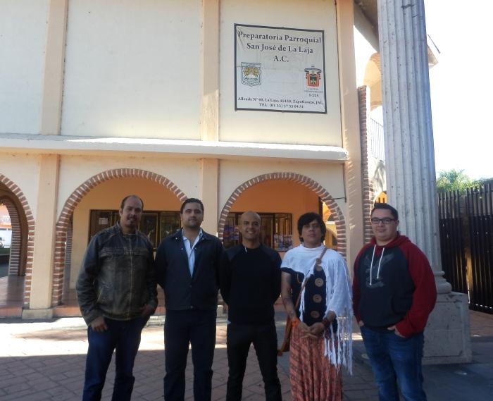 En imagen, los docentes que denunciaron las irregularidades de la Preparatoria de La Laja. Foto: Lucía Castillo