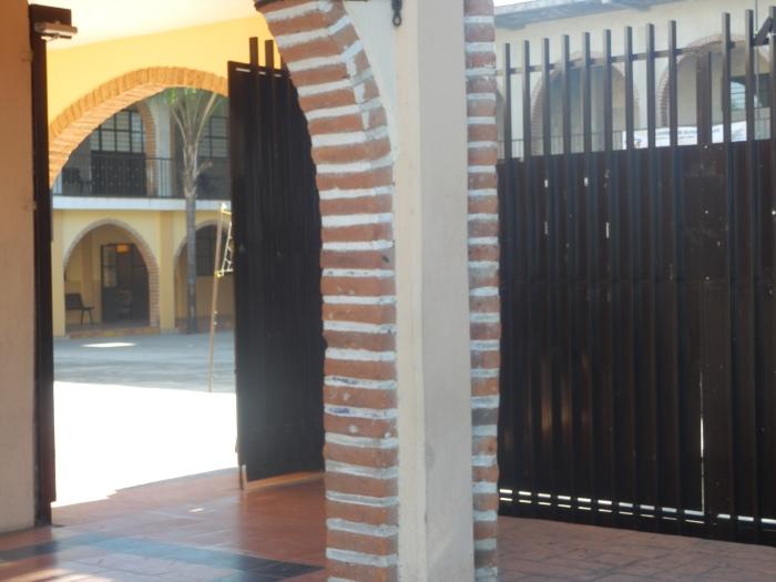 Los profesores denunciaron además las anomalías en las instalaciones de la escuela. Foto: Lucía Castillo