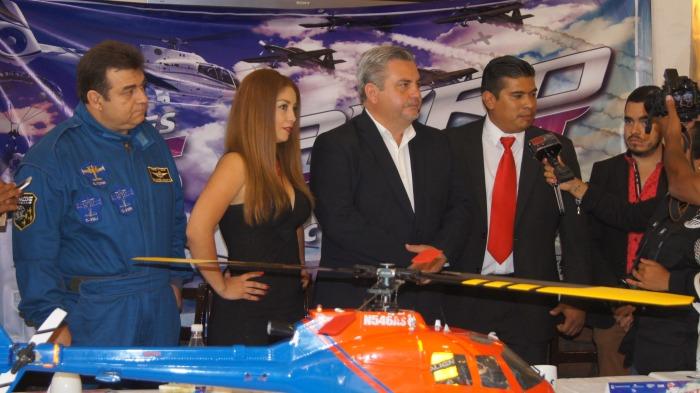 El Alcalde de Chapala, Javier Degollado, presentó el Aero Fest 2016 (Foto: Cortesía Nuestra Región)