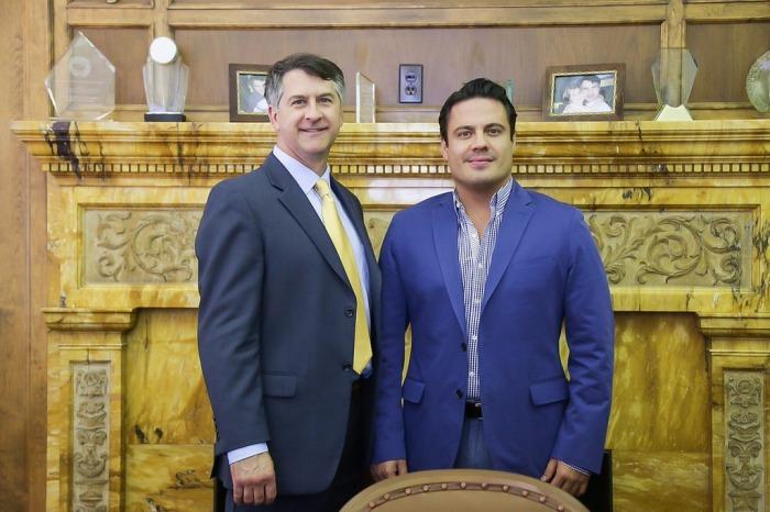 John Dickert, Alcalde de Racine y Aristóteles Sandoval, Gobernador de Jalisco