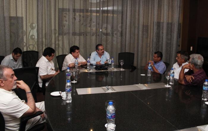 Reuníon entre SEMOV y Federación de Trabajadores de Jalisco (Foto: Cortesía)